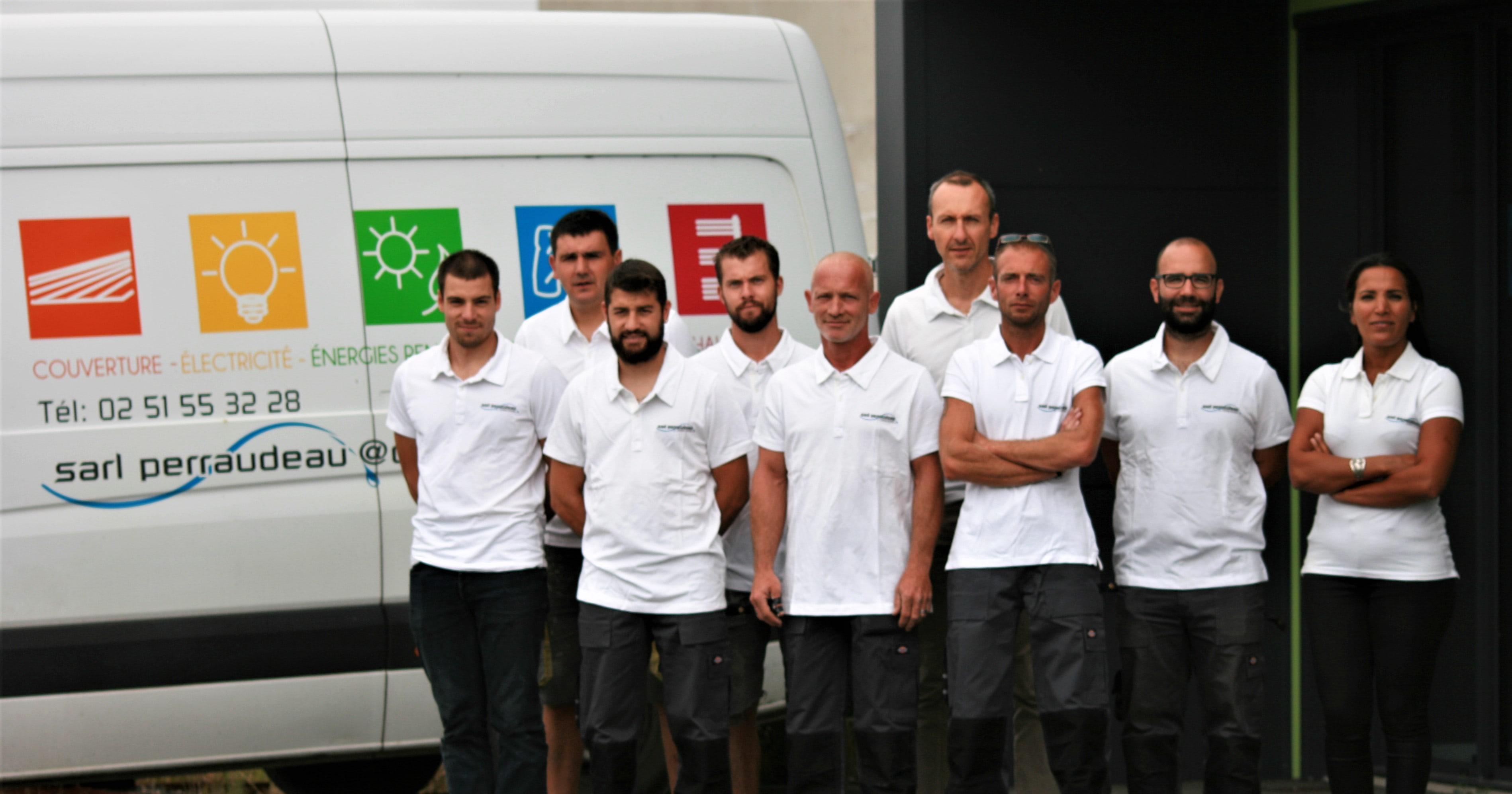 sarl-perraudeau-chauffage-plomberie-electricite-equipe-saint-gilles-croix-de-vie-camion